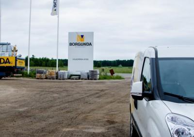 Pelare skylt till Borgunda